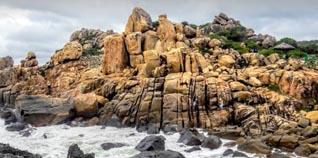 Vườn Quốc Gia Núi Chúa Ninh Thuận: giá vé tham quan, thuyết minh, tại sao gọi là núi chúa? sự tích, hang rái, hồ treo ở đâu và review 2020